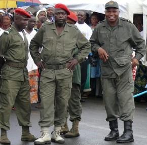 Cameroun Gendarmes2