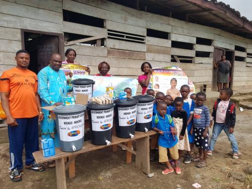 AfricaPhonie Donates