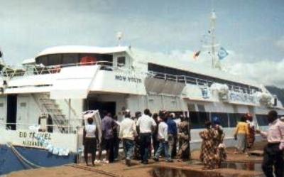 Fakoships_new_ocean_liner_3