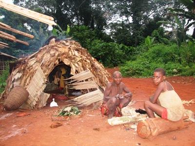 Up Station Mountain Club Baka Pygmies Sticking To Dome Shaped Houses