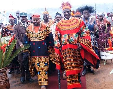 Inoni_with_chiefs